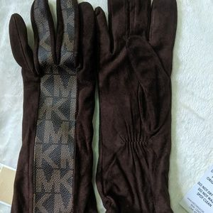 Michael Kors Women Leather/ Gloves  Size 7.5
